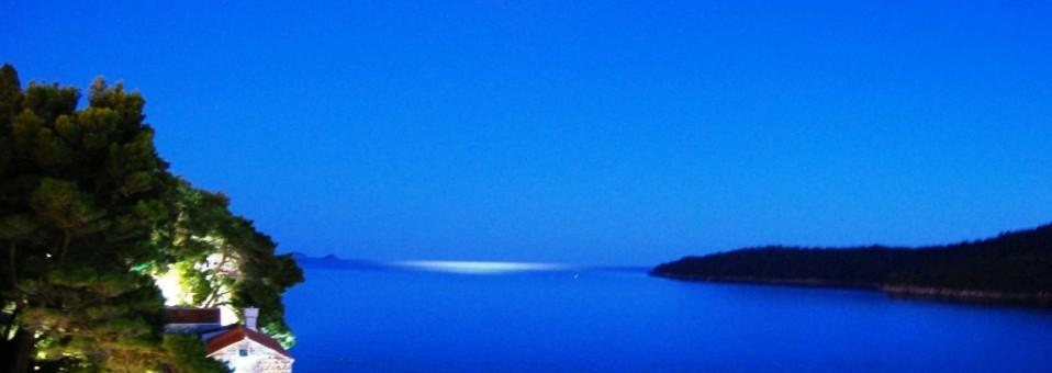 pearl of Adriatic sea - Dubrovnik in the moonlight