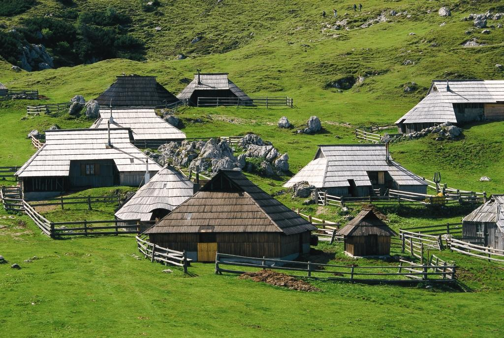 Shepherd´s cottages at Velika Planina