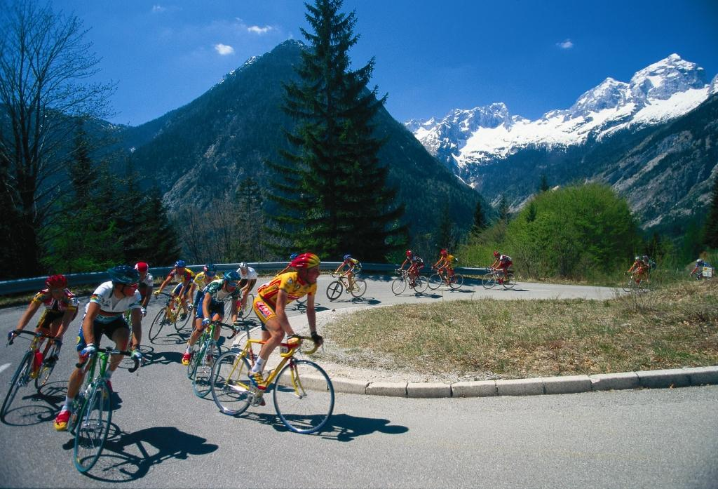 Giro di Italia - Ascend to the Vršič mountain pass