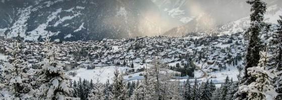 Sunshine on snow in Verbier_izrez