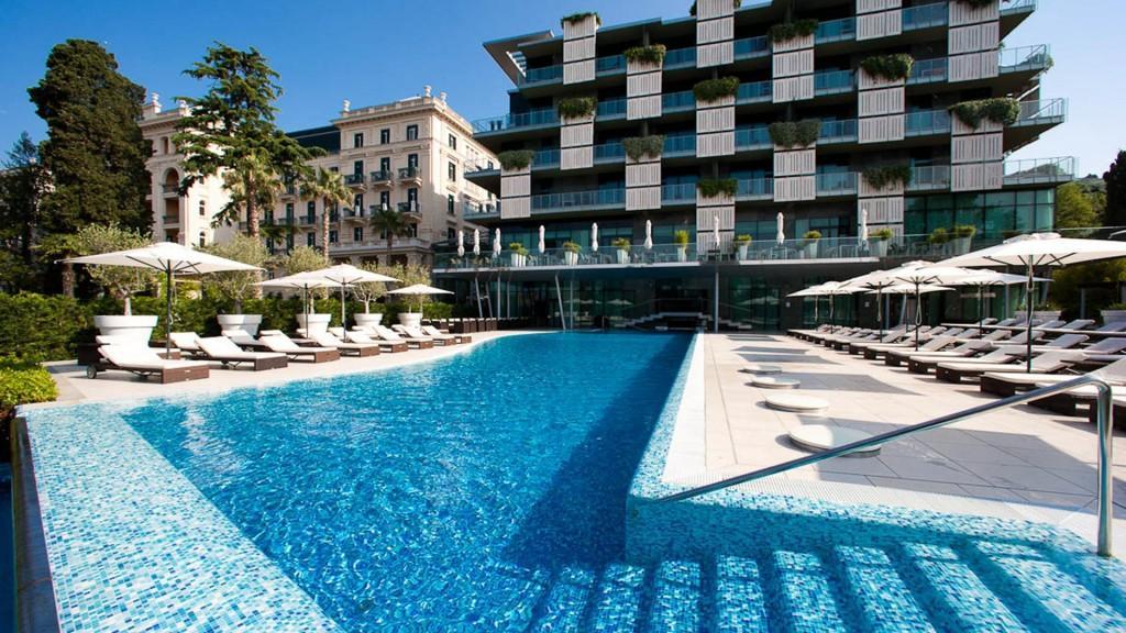 outdoor-pool-kempinski-palace-portoroz-istria-slovenia